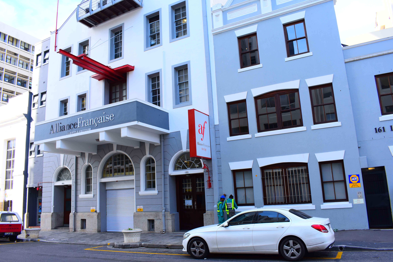 prix plancher en présentant luxe Alliance Française du Cap | CCID